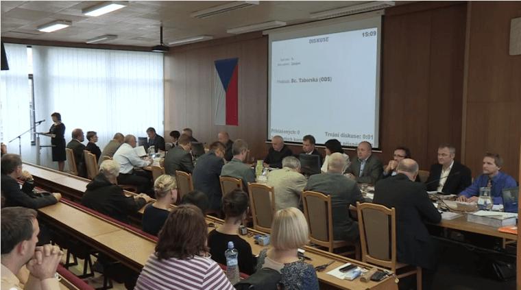 Video + komentář: První vsetínské zastupitelstvo (6.11.2014)