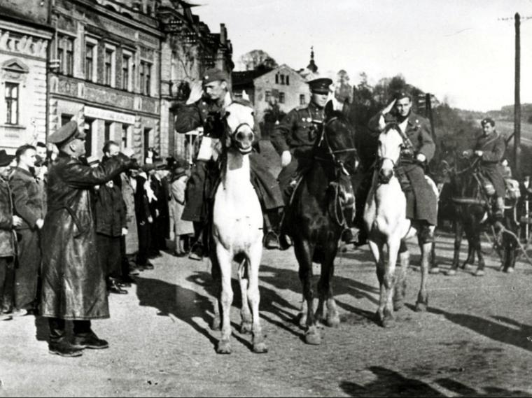 Vsetínské povstání 1945: smrt hrozila 150 rukojmím