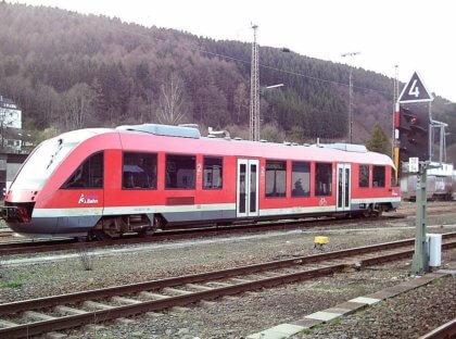 Revoluce vdopravě Zlínského kraje se dotkne i Vsetína. DoKarlovic a Rožnova budou jezdit moderní vlaky od Arrivy