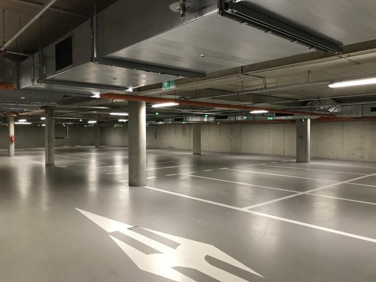 Podzemní parkoviště jako nekonečná díra napeníze